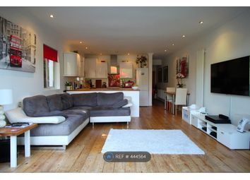 Thumbnail 2 bed flat to rent in Quinton Street, London