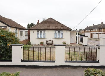 Thumbnail 3 bedroom detached bungalow for sale in Rainham Road, Rainham