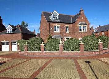 Thumbnail 5 bed property for sale in Callander Close, Preston