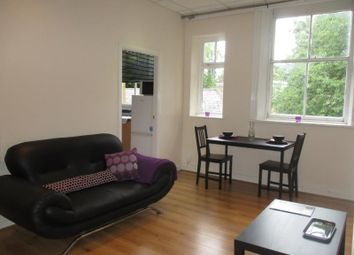 Thumbnail 2 bed flat to rent in Grosvenor Road, Headingley, Leeds