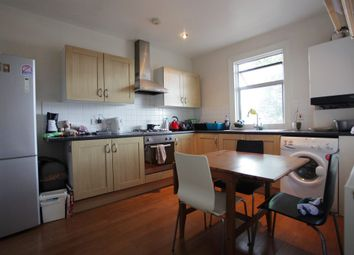 4 bed flat to rent in Undine Street, London SW17
