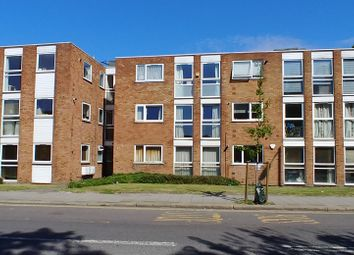 Thumbnail 2 bed flat to rent in Stanford Road, Friern Barnet