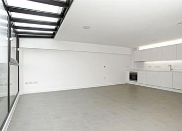Thumbnail 2 bed flat to rent in Topham Street, Farringdon