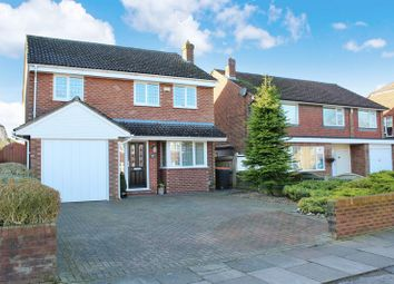 Thumbnail 4 bed detached house for sale in Kingscroft Avenue, Dunstable