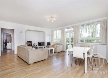 Thumbnail 2 bed flat for sale in Chessington Lodge, Finchley