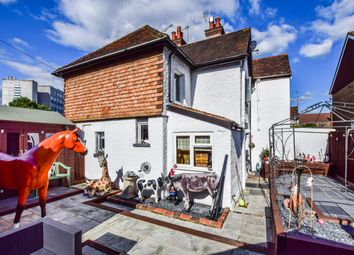 2 bed semi-detached house for sale in Ifield Road, Crawley RH11