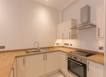 Thumbnail 2 bed flat to rent in The Broadway, Newbury