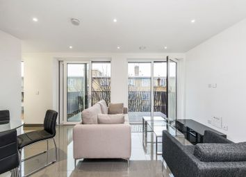 Thumbnail Studio to rent in Glade Path, London