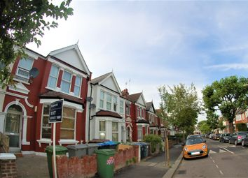 Thumbnail Room to rent in 28 Chandos Road, Willesden