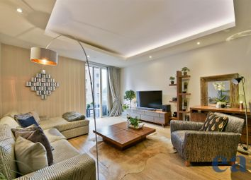 Thumbnail 2 bed flat for sale in Park Vista Tower, 5 Cobblestone Square, London