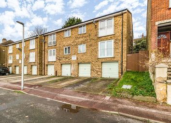 2 bed maisonette for sale in Constitution Court, Chatham, Kent ME5