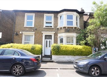 1 bed flat to rent in 4 St. James's Park, Croydon CR0