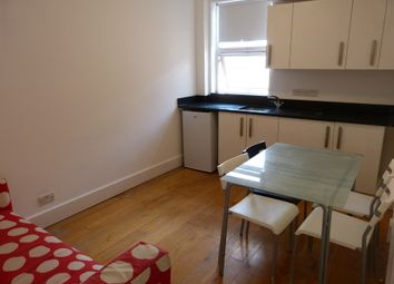 Thumbnail 1 bed property to rent in Alexandra Road, Hendon Central, London