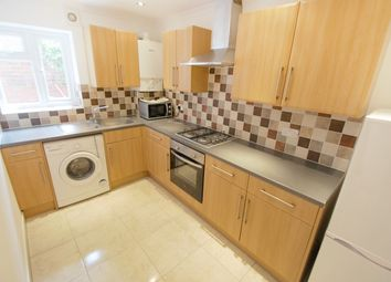 Thumbnail 2 bed flat to rent in Mansfield Road, Reading