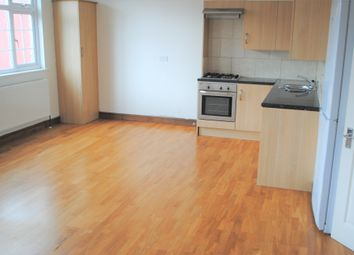 Thumbnail 1 bed flat to rent in Vale Road, Seven Sisters/Manor House