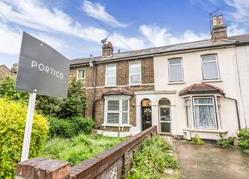 Thumbnail 4 bedroom flat to rent in Woodriffe Road, London