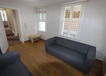 Thumbnail 4 bed flat to rent in Chatsworth Road, London