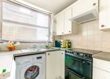 Thumbnail 2 bedroom flat for sale in East Barnet Road, East Barnet