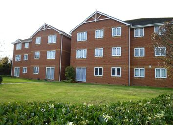 Thumbnail 1 bed flat to rent in Benfleet Road, Benfleet
