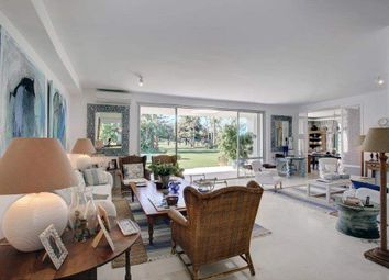 Thumbnail 6 bed villa for sale in Calle Isabel La Católica, 7, 11310 Sotogrande, Cádiz, Spain