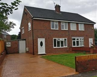 Thumbnail 3 bedroom property to rent in Bayliss Close, Bilston