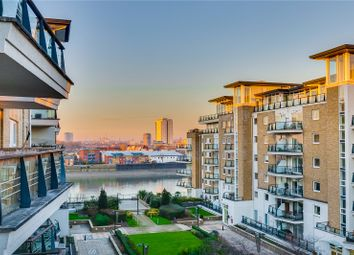 Thumbnail Flat for sale in Bluewater House, Smugglers Way, London