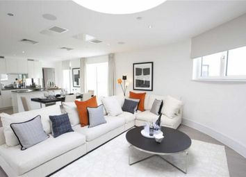Thumbnail 2 bed flat for sale in Simpson's Road, Bromley, Bromley