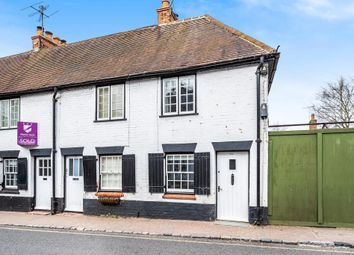 High Street, Wargrave RG10. 2 bed end terrace house for sale