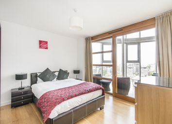 Thumbnail 3 bed flat to rent in Lombard Street, London