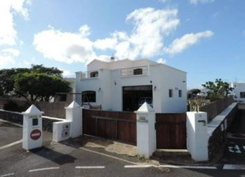 Thumbnail 4 bed chalet for sale in Uga, Yaiza, Spain