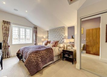 Thumbnail 2 bedroom detached house for sale in Bridge Lane, London