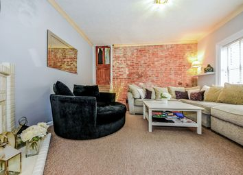1 bed maisonette to rent in Upper Elms Road, Aldershot GU11