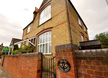 Thumbnail 3 bed flat to rent in Dinton Road, Kingston Upon Thames