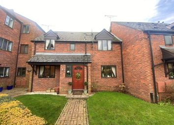 3 bed mews house to rent in 42 Warwick Place, Leamington Spa CV32