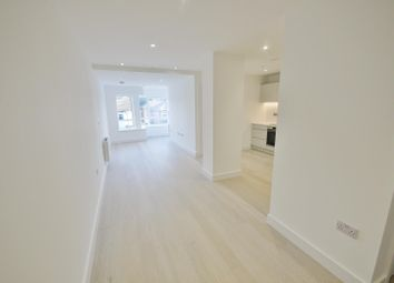 Thumbnail 1 bed flat to rent in Library House, New Road, Brentwood
