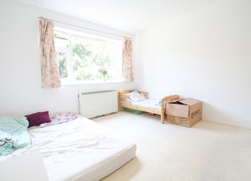 Thumbnail 2 bed flat to rent in Sandal Road, New Malden