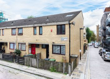 Thumbnail 4 bed property to rent in Rochester Mews, London