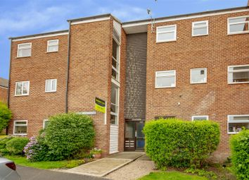 2 bed flat for sale in Derwent Crescent, Arnold, Nottinghamshire NG5