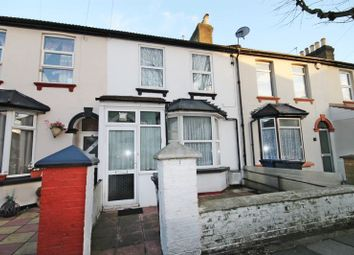 175406a3d8657b075ca93bde5097417bb40898afg randolph road southall ub1 brian cox are pleased to offer this larger than average three double bedroom two bathroom heavily extended family home for publicscrutiny Images