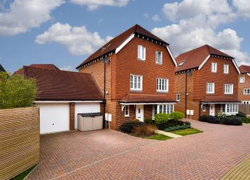 6 bed detached house for sale in Apsley Road, Horley RH6
