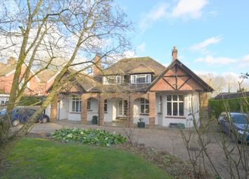 Thumbnail 4 bed detached house for sale in Sycamore Road, Amersham