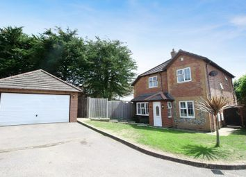 Thumbnail 4 bed detached house for sale in Portsmouth Road, Horndean, Waterlooville