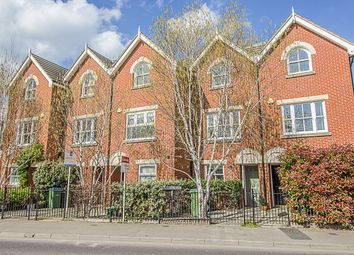 Thumbnail 4 bed property to rent in Walton Road, East Molesey