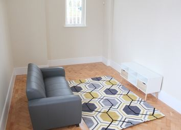 Thumbnail 4 bed flat to rent in Furness Quay, Salford