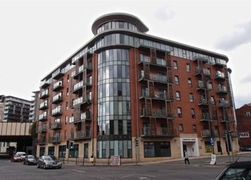 Thumbnail 2 bed flat to rent in Barnfield House, City Centre