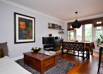Thumbnail 2 bed flat to rent in Osier Crescent, Muswell Hill