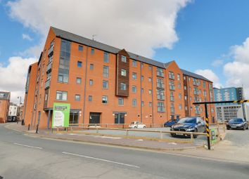 2 bed flat for sale in High Street, Hull HU1