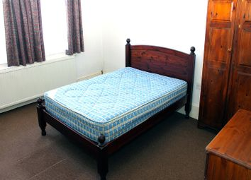 Thumbnail 2 bed flat to rent in Belmont Road, Turnpike Lane, London