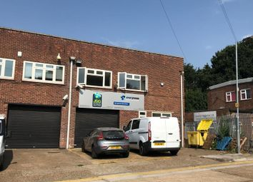 Thumbnail Industrial to let in Unit 11, Graphic House, Totman Close, Brook Road Industrial Estate, Rayleigh