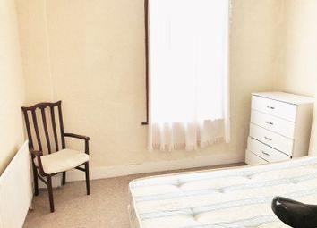 Thumbnail 5 bedroom terraced house to rent in Dunbar Road, London